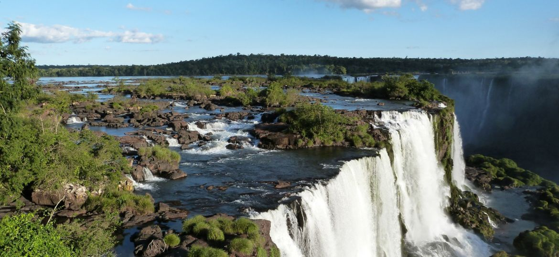 iguazu-falls-455611_1920